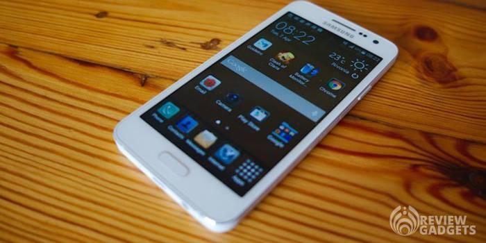 Samsung Galaxy A3 Smartphone