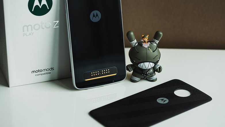 Finally, Moto Launched Android 7.1.1 for Moto Z smartphone