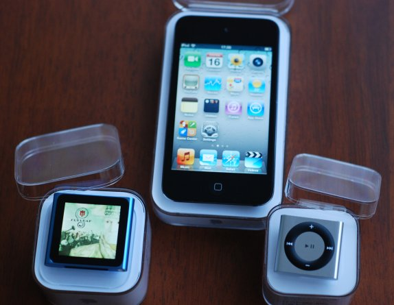 iPod-shuffle-and-nano